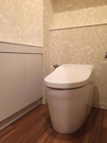 トイレ+内装工事も行ったので、トイレに入るのが楽しみになったとおっしゃっていただきました。