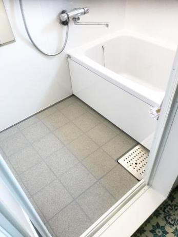 浴室が広ろ美ろお掃除しやすくなり、トイレは節水でエコ