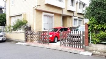 駐車場が2台分になっただけでなく、使いやすくさらにはオシャレになって、満足しています。